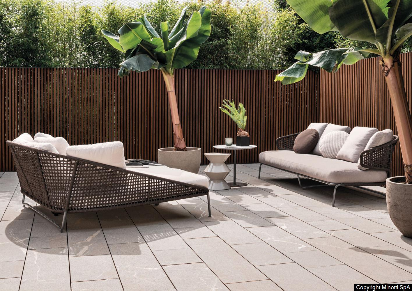 outdoor Designermöbel im wohnbedarf Zürich, Basel und Frauenfeld